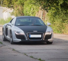 carbon-audi-r8-a8-wrap-car-2