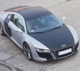 carbon-audi-r8-a8-wrap-car-27
