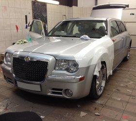 folia-biala-Chrysler-300M-3