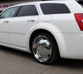 folia-biala-Chrysler-300M-6