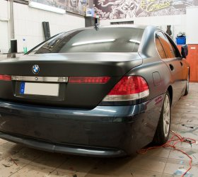 wrapcar-bmw-series-7-4