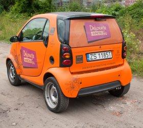 smart_reklama_na_samochodzie3