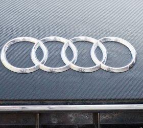 carbon-audi-r8-a8-wrap-car-18
