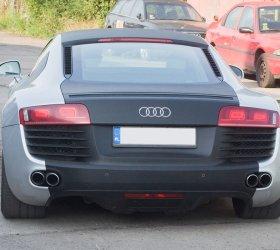 carbon-audi-r8-a8-wrap-car-5