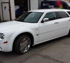 folia-biala-Chrysler-300M-12