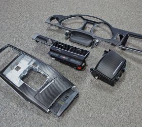 oklejenie-wnetrza-auta-carbon-2
